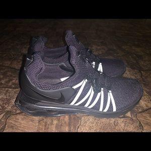 Men's Nike Shox Gravity
